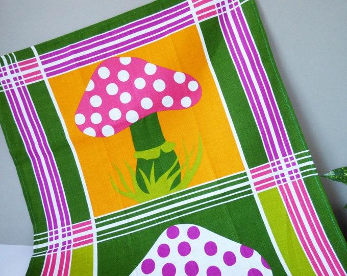 Vintage 1970's toadstool tea towel