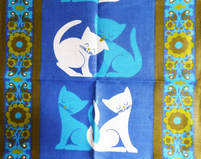 Vintage Cats Tea towel / wall hanging The Wooing