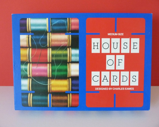 House of cards Charles Eames Medium sized