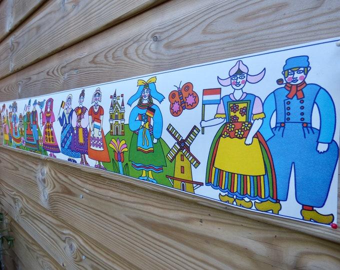 Vintage folk art 70s wallpaper boarder wall frieze
