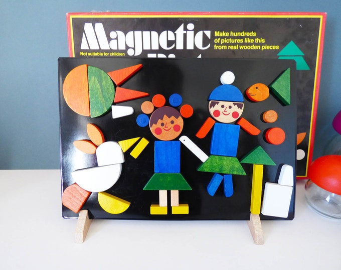 Magnetic Pictures wooden toy Vintage