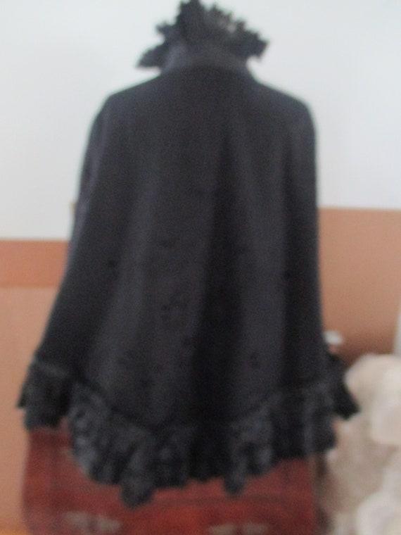 Antique Victorian black wool Cape - image 4