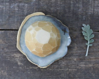 Stoneware tea bowl and dish