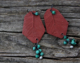 Winter berries ceramic and turquoise neckpiece