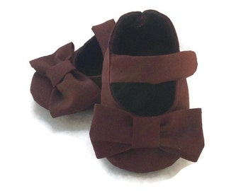 a52eb97fd93 Brown Baby Girl Shoes with Bows