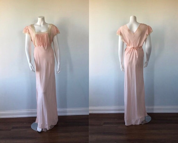 Vintage 1940s Nightgown, Vintage Victorian Style N