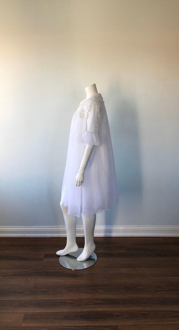 Vintage White Chiffon Peignoir Set, 1960s Peignoi… - image 4