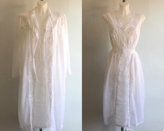 Vintage White Chiffon Peignoir Set, 1960s White Ch