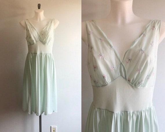 Vintage Nightgown, Vintage Lingerie, 1960's Nightg