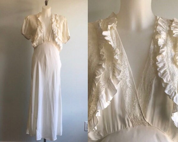 Vintage Ivory Nightgown, 1930s Nightgown, Wedding,