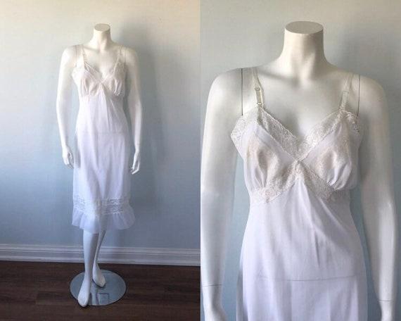 1950s White Full Slip, Reitman's Nylon Lingerie, V