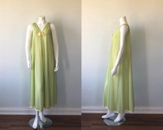 Vintage Nightgown, Linda Underlovelies, 1960s Nigh