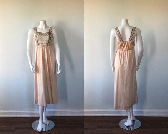 Jan 6 Vintage Nightgown, Vintage 1960s Nightgown,