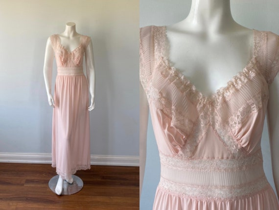1950s Pink Nightgown, Harvey Woods, Vintage Pink N