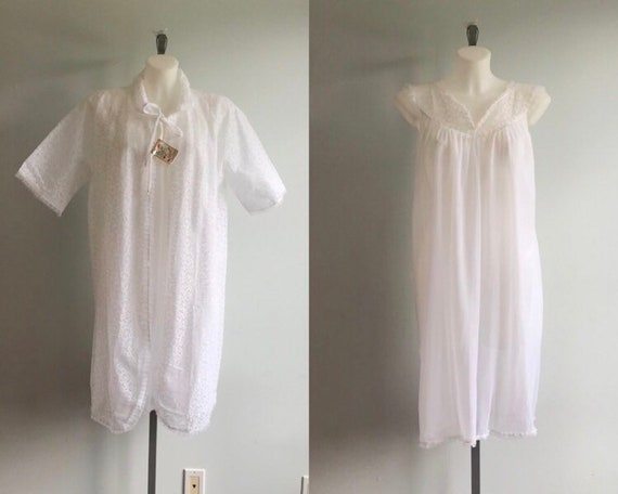 Vintage White Chiffon and Lace Peignoir Set, Short