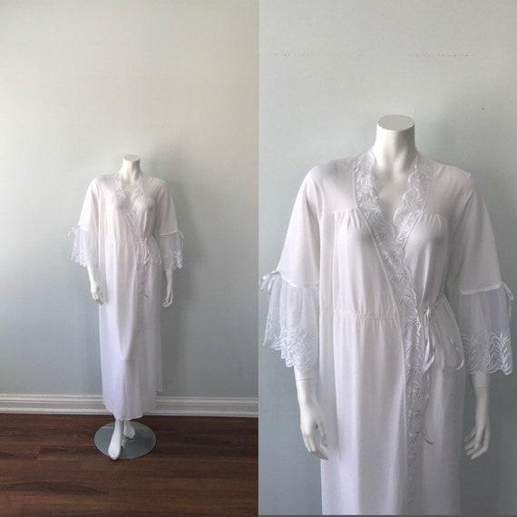 Vintage White Robe, Vintage Robe, White Robe, Anna