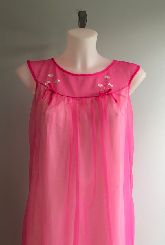 Vintage Pink Chiffon Nightgown, Short Nightgown, … - image 3