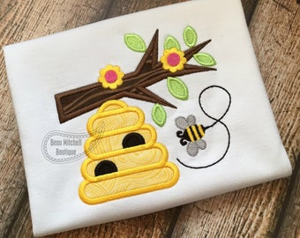 Beehive branch with bee applique