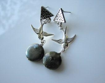 Green pearl earrings - triangle stud earrings geometric, swallow, bohemian, fresh water pearl