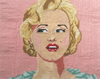 Marilyn Monroe cross stitch chart PDF