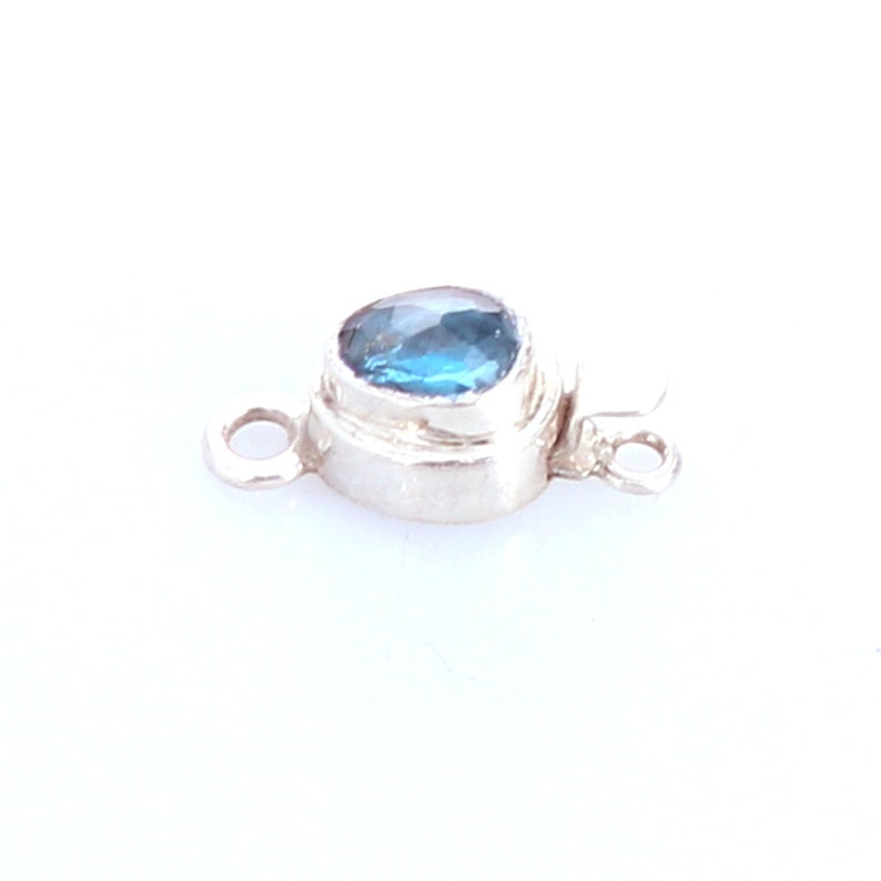 London Blue Topaz Faceted Sterling Oval Clasp 8X6Mm Teal Blue,