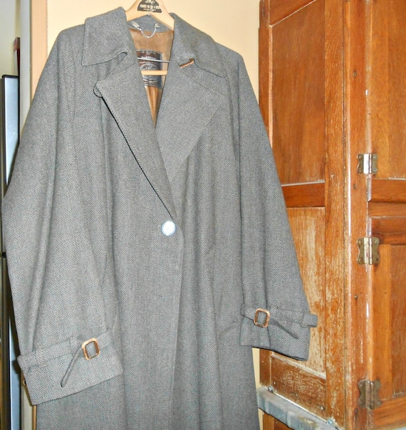 70's Coat Women's Coat Long Wool Coat Size Large 4