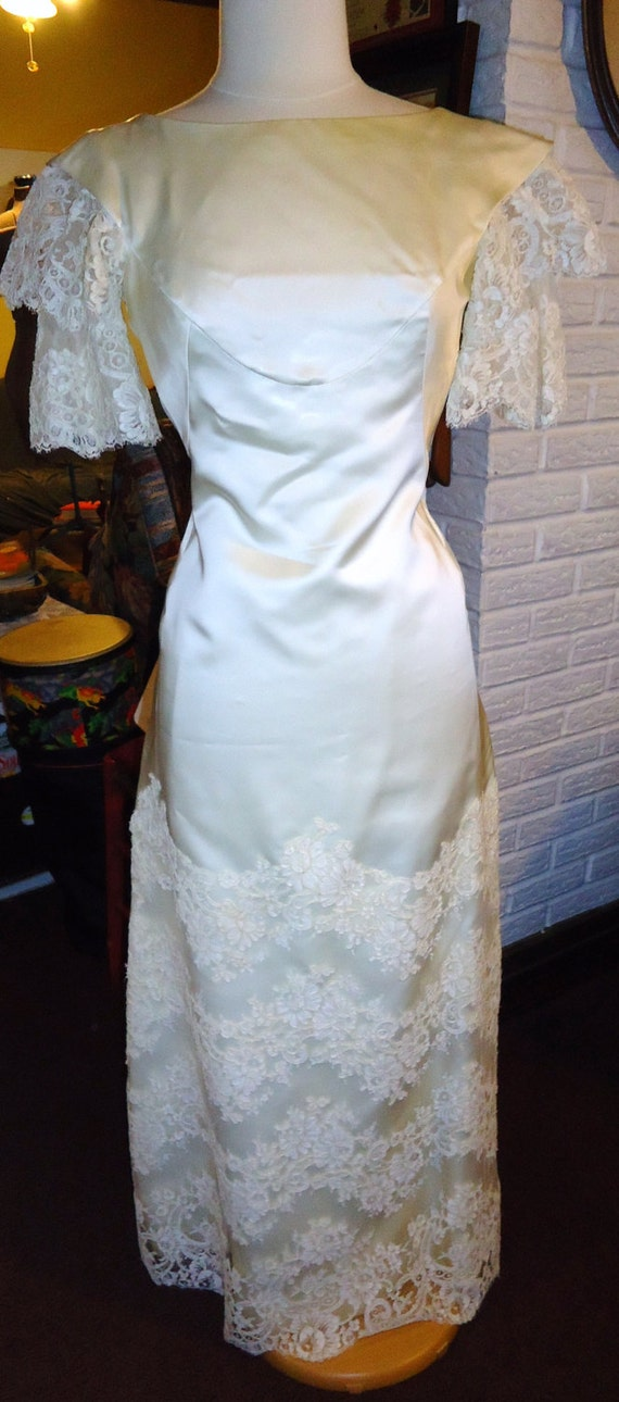 AMAZING 1960's Wedding Gown