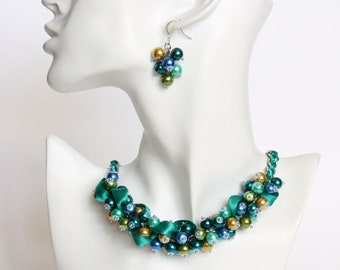 Peacock Color Cluster Necklace and Earrings Set