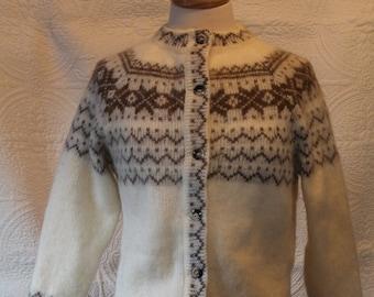b4b3f1eae85 Icelandic Fair Isle Wool Sweater, Alafoss Icewool, White & Brown Cardigan,  Women's Size XS S NOS