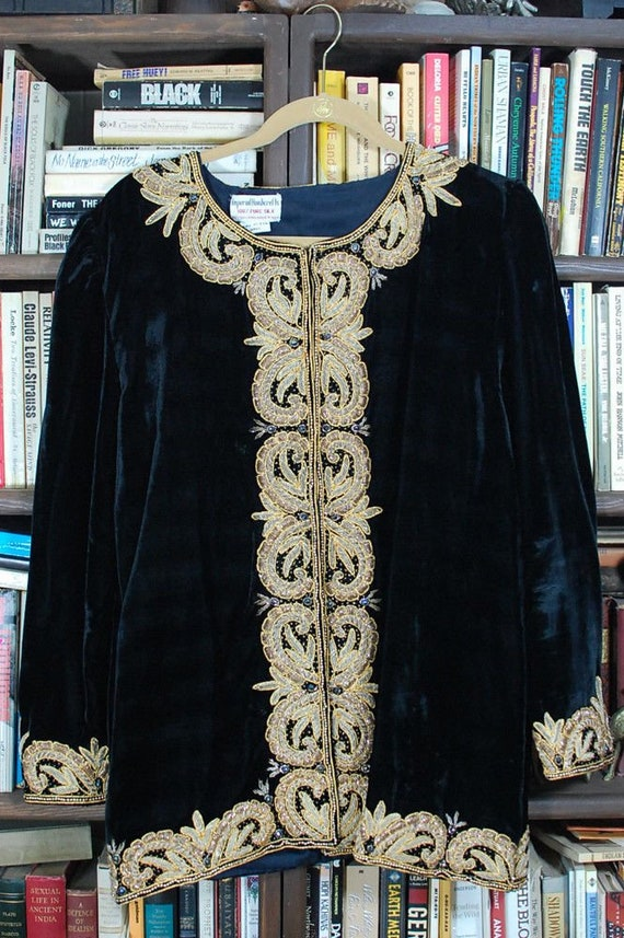 RARE 1940s Black Silk Velvet Gold Bullion Beaded E