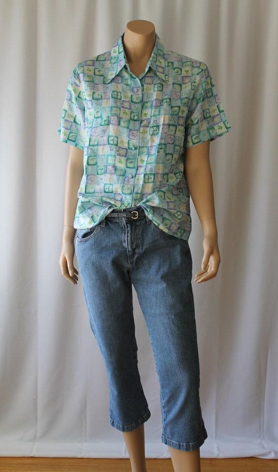 515 Levi's Capris, 32 inch waist , Light wash jean