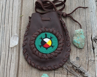 Beaded turtle medicine bag, leather turtle totem bag, four directions turtle bag, leather pouch, leather amulet bag