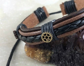 Post Apocalyptic Steampunk Bracelet For Men Women - Fallout Costume Accessory Leather Adjustable Brown Black Gears Jewelry