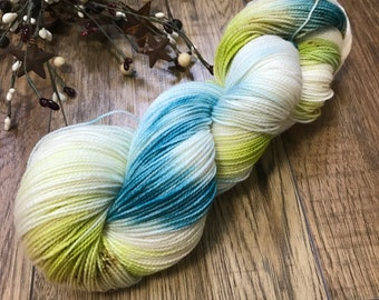 TEAL it LIKE it IS, hand dyed yarn 80/20 bfl, superwash Blueface Leicester wool nylon fingering, teal, green chartreuse speckled, variegated