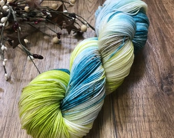 TEAL it LIKE it IS, Hand dyed yarn, 75/25 superwash merino nylon fingering sock weight yarn, variegated, speckled, teal, chartreuse, green