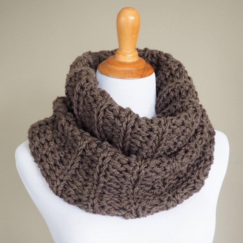 CROCHET PATTERN   Crochet Cowl Pattern    Crochet Infinity image 0