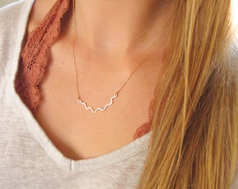 I'm Hammered Rose Gold Necklace - Gold Filled Handmade Wavy Hammered Pendant Gold Filled Chain / Hammered Gold / Simple Rose Gold Nekclace