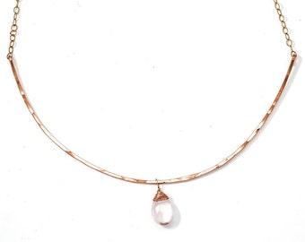 Rose Quartz Curved Bar Necklace - Rose Gold Choker Necklace and Rose Quartz - Thin Gold Choker / Rose Gold Choker / Rose Quartz Arc Necklace