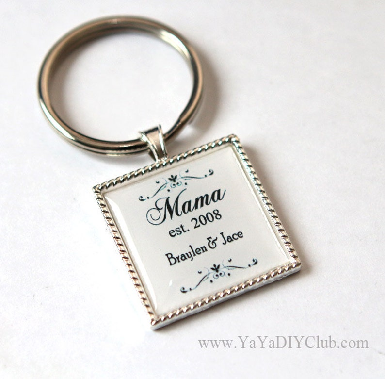 Mother day gift for mom Personalized gift for mom keychain image 0