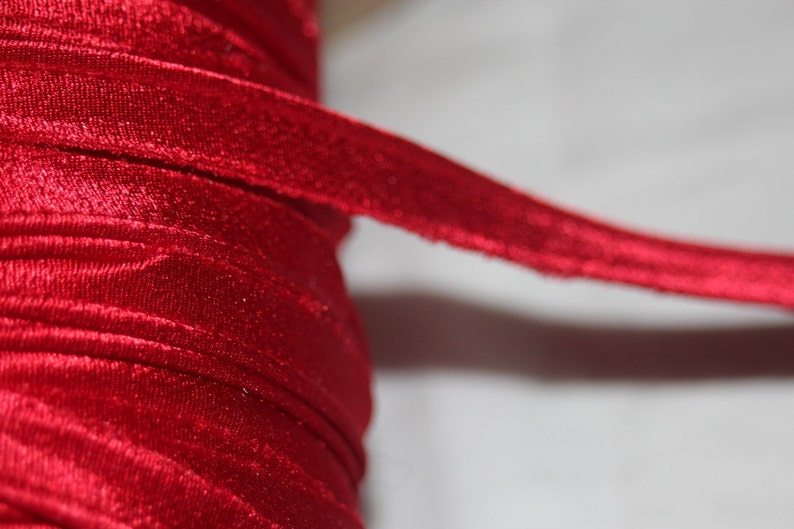"""5 yards cherry red iridescent  lip Cord Piping upholstery Trim 1//8/"""" 3//8/"""" wide"""