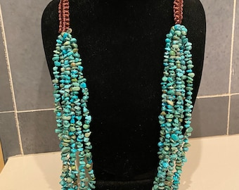 Beautiful turquoise tumbled chip necklace