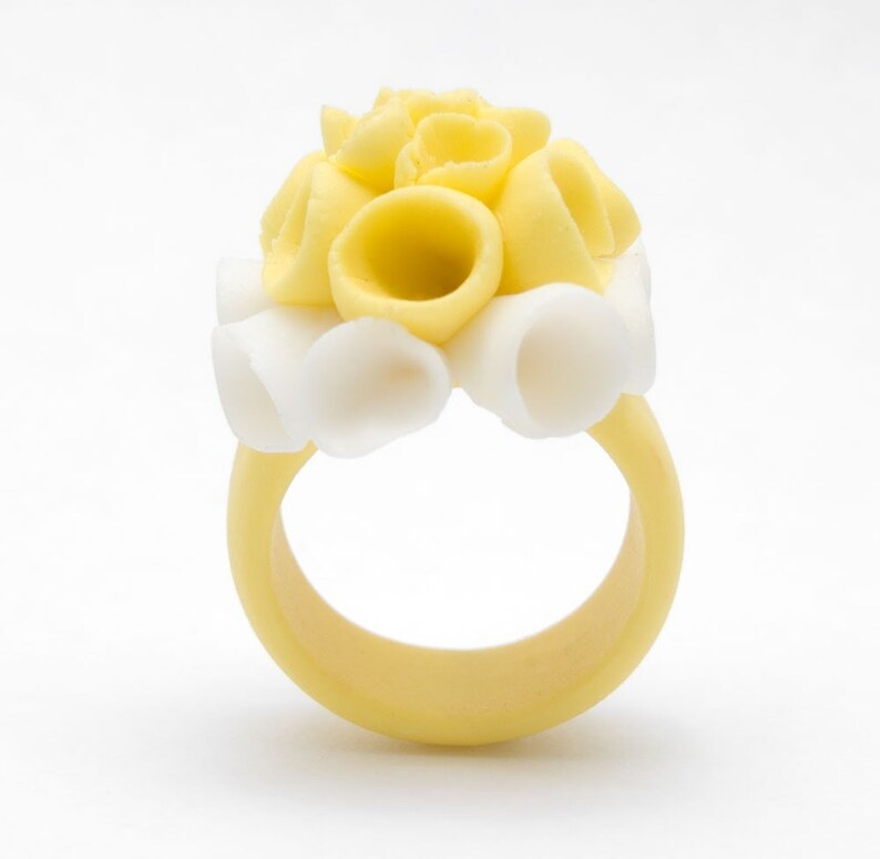 Flower Statement Porcelain Ring Yellow and White