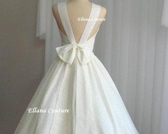 64a30ddf2819 White eyelet dress