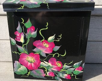 READY SHIP Wild  Roses mailbox standard size hand painted  mailbox Mothers Day gift Outdoor decoration