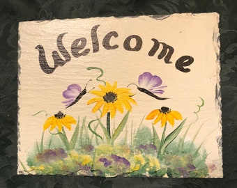 READY SHIP 7x9 Hand painted Slate Welcome Sign Daisies and Forget-me-nots slate welcome,e sign  Mom gift Mpthers day gift