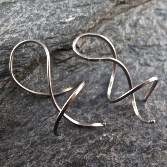 small NIOBIUM  EARRINGS  coil spiral twist corkscrew  grey modern minimal nickel free . metal allergies . No.00E312