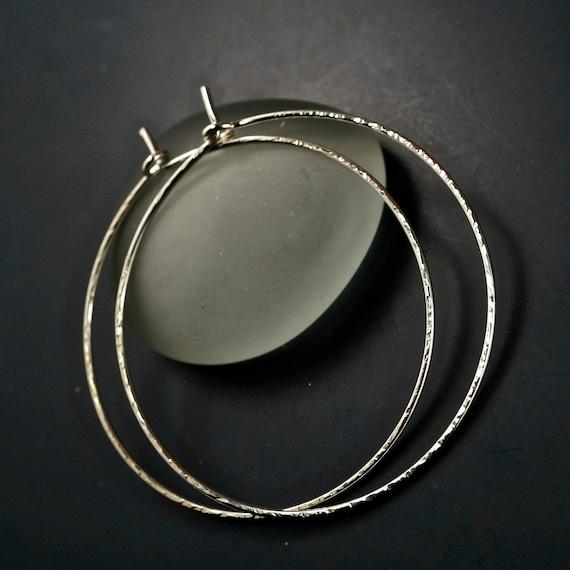 Hammered 925 sterling hoops -  Medium silver  Hoops - Rose Gold Hoops  - Niobium  Hoops -  Cecile Stewart  Jewelry Etsy No.00E262