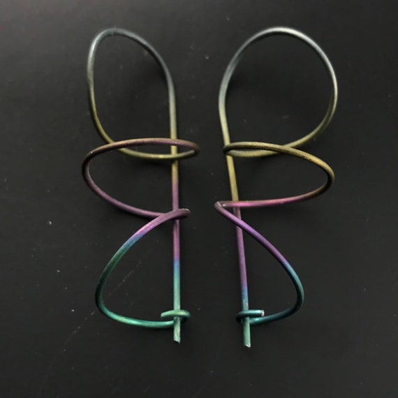 Hypoallergenic  TITANIUM  EARRINGS.  Titanium coil earrings.  Titanium spiral.  Titanium wire . sensitive ears. clasp. Nickel Free