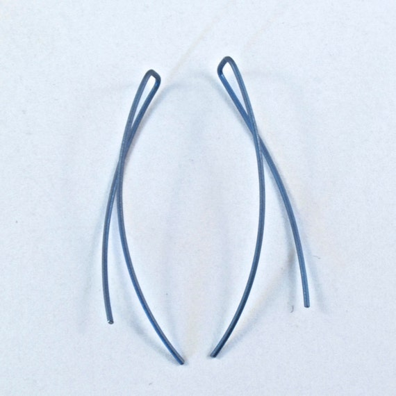 TITANIUM earrings Contemporary Simple Modern Wire Blue Crescent  nickel free hypoallergenic NO.00E93