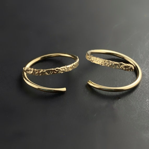 Tiny open Hoop Earrings  | choose gauge size metal- gold huggie open hoop  | conch cartilage  septum endless  catch less hoop